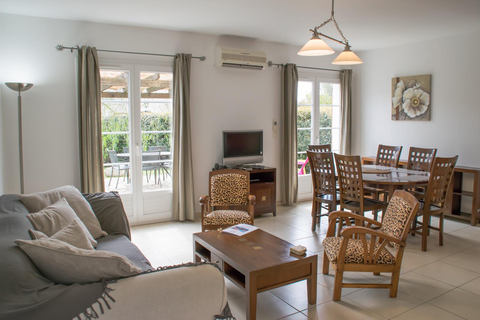 La Credenza Caselle : Villa t a persone e caselle